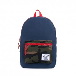 Settlement Plus Backpack Woodland Camo Navy Red Rubber
