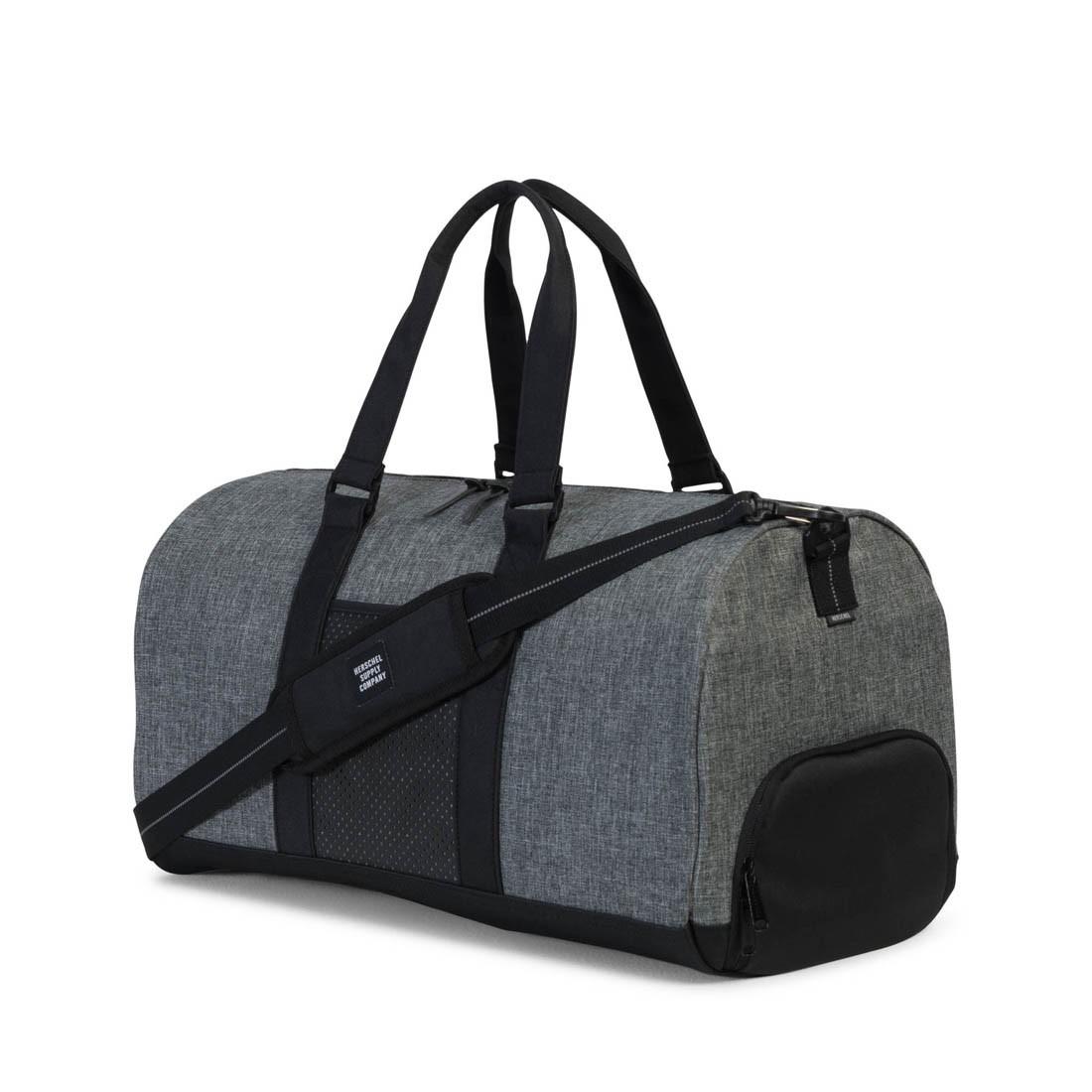 ... Novel Duffle Bag Raven Crosshatch Black. « 2ece6d902b940